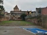 L'Ajuntament de Cassà obre un nou aparcament al carrer d'Ardenya amb 12 places d'estacionament