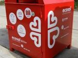 S'instal·len 6 contenidors de recollida de roba per Càritas a Cassà de la Selva